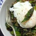 Quinoa-mit-gebratenem-Spargel-&-Basilikumdressing-{flowers-on-my-plate}