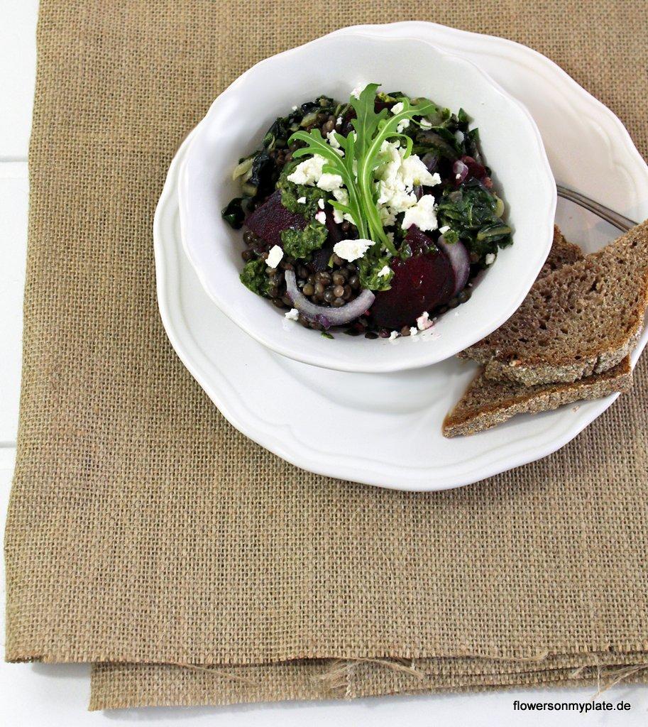 Rote Bete Salat Rucola Ziegenkäse_flowers on my plate