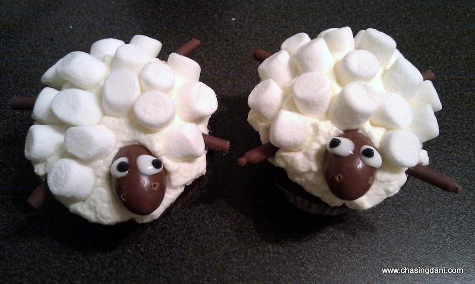 sheep-cupcakes