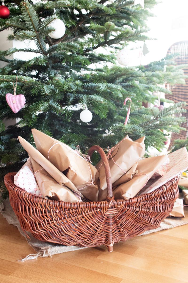 Geschenkekorb-Weihnachtsgeschenke