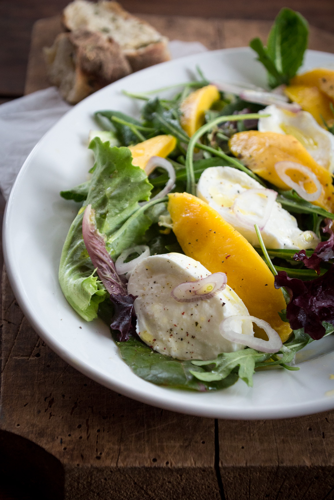 Rezept für Caprese Salat mit Mangos