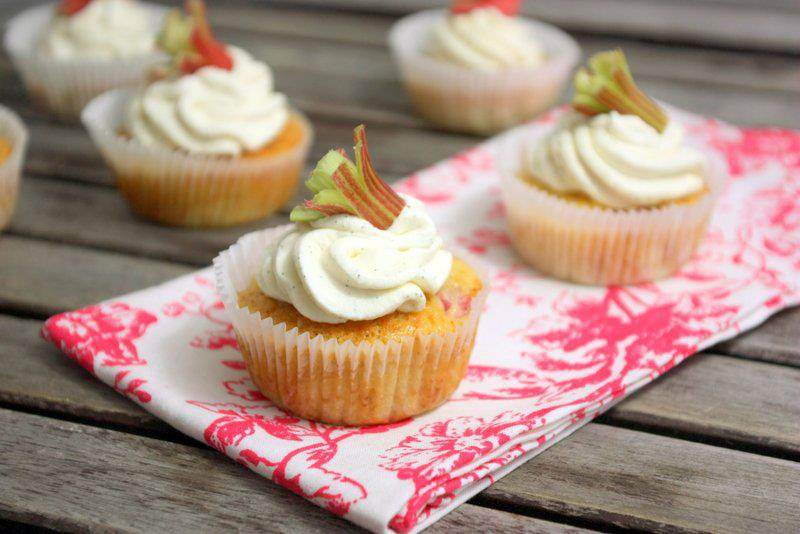 Rhabarber Honig Cupcakes