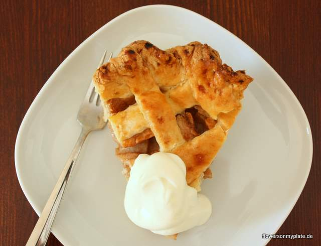 Apple Pie {flowers on my plate}